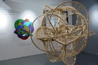 Relación íntima entre las artes y las matemáticas: Imaginario Matemático